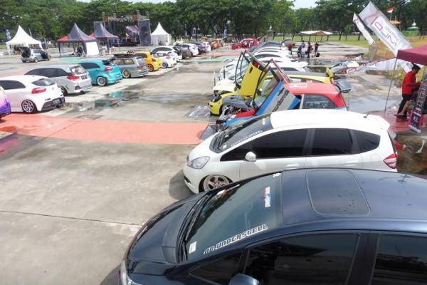Aacara Makassar Customized berlangsung meriah banyak hadirkan komunitas. (Foto : ria afriliani)