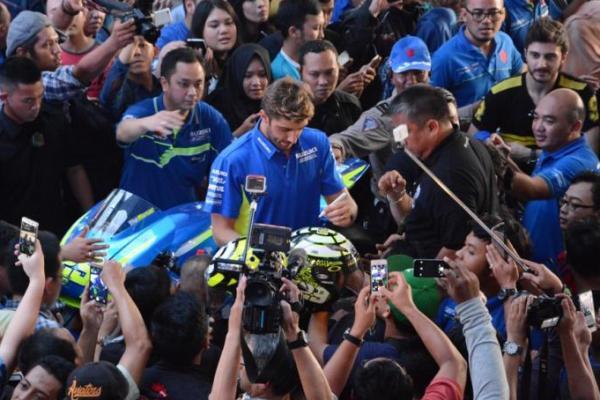 Andrea Iannone hadir dalam peluncuran Suzuki GSX-R150 dan GSX-S150
