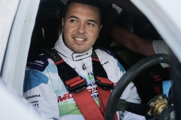 Rifat Sungkar, seri Kejurnas Sprint Rally digabung dengan kejuaraaan speed offroad Indonesia eXtreme Offroad Racing. (foto : tribunnnews)