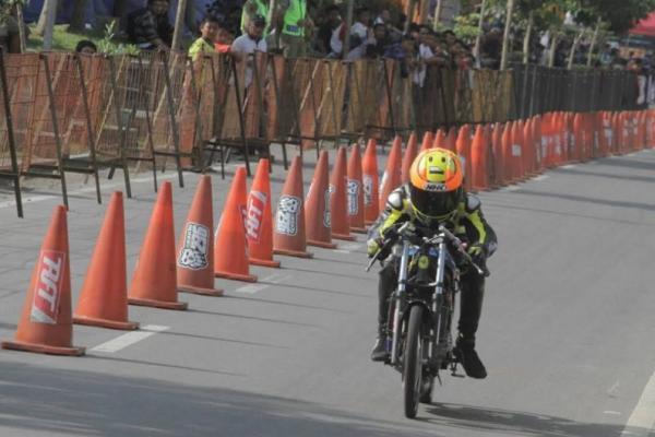 Salah satu peserta Drag Bike Pertamax Motorsport Championship di Boyolali, Jawa Tengah. (foto : Ptmn)