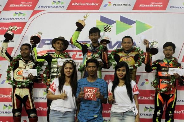 Gerry, drag biker asal Madiun berjaya pada gelaran Pertamax Motorsport Championship di Boyolali. (foto : Ptmx)
