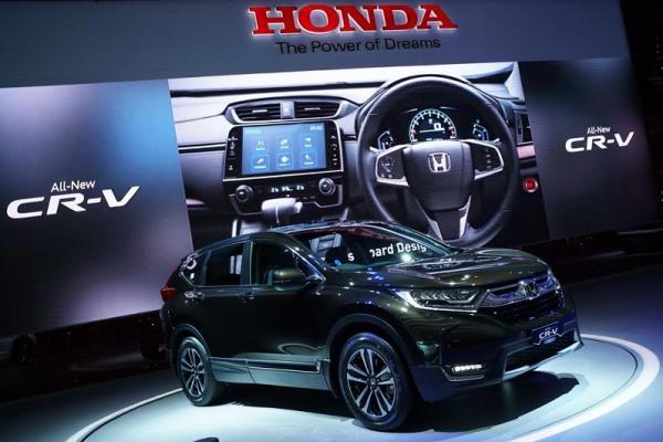 All New Honda CR-V dilengkapi berbagai fitur yang memanjakan konsumen. (foto : budsan)