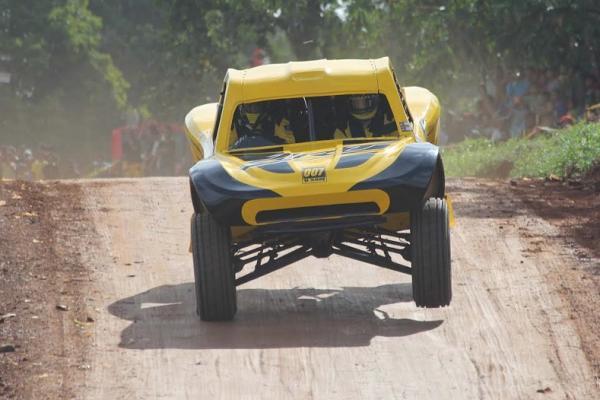 Haji Sam, andalan tim Jhonlin Racing Team dinanti kiprahnya di Kejurnas Speed Offroad Paramount. (foto : budsan)