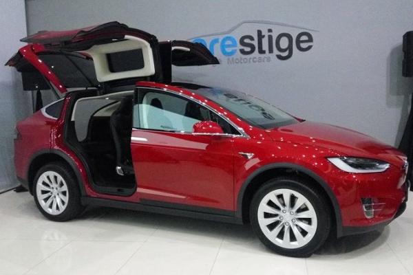 Resmi Meluncur Ini Harga Suv Listrik Tesla Model X Di Indonesia