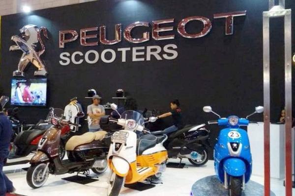 Peugeot Scooters lakukan penetrasi pasar di arena Pekan Raya Jakarta 2017. (foto : grsd)