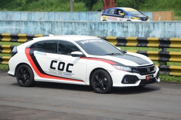 Honda Civic Hatchback Turbo sebagai official car ISSOM, bertindak sebagai fast doctor dan COC