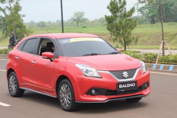 Tak Hanya Mendukung Tampilan, Aksesoris Suzuki Baleno Hatchback Menambah Kenyamanan