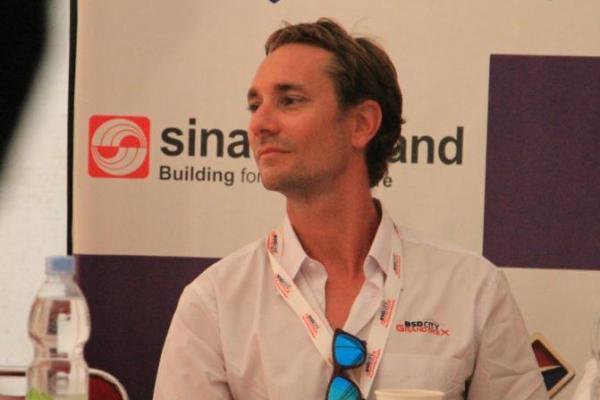 Mathias Lauda hadir menyaksikan balapan jalan raya di Serpong Tangerang