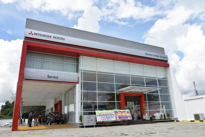 Diler baru Mitsubishi Mahakam Berlian Sanjaya di Balikpapan, Kalimantan Timur. (Foto : Mitsubishi)