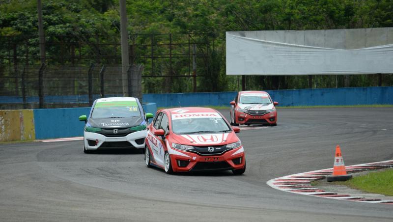 Rio Saputro Boedihardjo dari tim Honda Racing siap cetak kemenangan di sirkuit Sentul Bogor. (foto : Honda Racing)