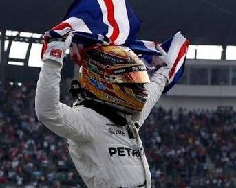 Bermodalkan finish ke-9, Lewis Hamilton amankan gelar juara dunia F1 musim 2017 (is)