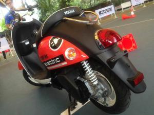 Yamaha Indonesia Perkenalkan Motor Listrik, Tapi Belum Untuk Dijual