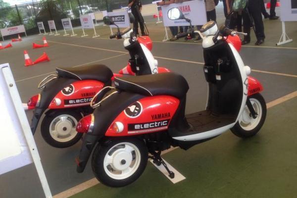 Motor Listrik Yamaha E-Vino resmi diperkenalkan di Indonesia