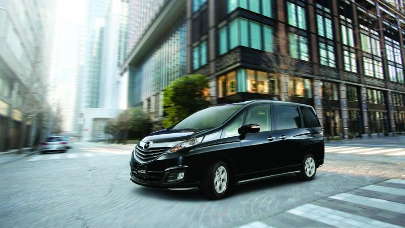 Mazda Biante mendapat penghargaan indeks kebahagiaan berkendara. (foto : gilang)