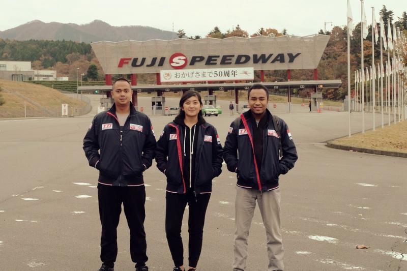 Dimitri Fitra, Alinka dan Haridarma saat ini sudah di Jepang. (foto : TTI)