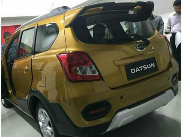 Wujud Diduga Datsun Cross dengan peranti aero kit khas crossover. (foto : ist)