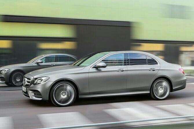 Jajaran tipe Mercedes-Benz terbaru siap dijajal di Rasuna Epicentrum pekan depan (foto: MBDI)