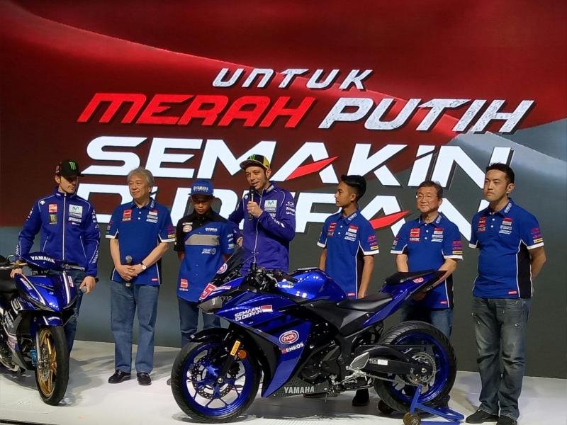 Valentino Rossi membuat kejutan dengan hadir dilaunching Yamaha Lexi di Jakarta. (Foto : budsan)