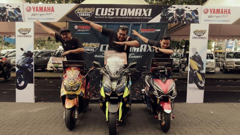 Para pemenang kontes CustoMAXI di Semarang. (Foto : ist)