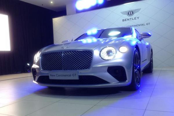 Bentley New Continental GT dibanderol Rp 8,88 Milyar off the road Jakarta (foto: adri)