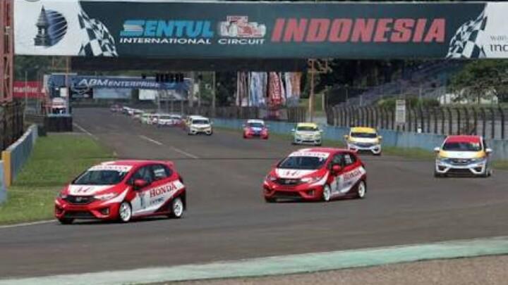 Honda Jazz Speed Challenge banyak peserta karena murah, kompetitif dan hadiahnya besar. ( foto : ist)