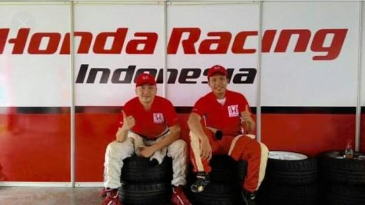 Alvin Bahar dan Rio Saputro, duet tim Honda Racing Indonesia (foto : ist)