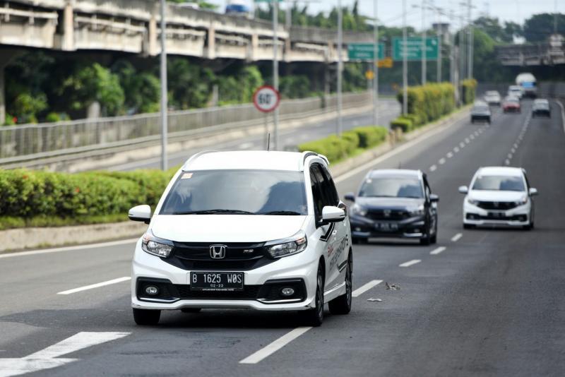 Lomba irit Honda Mobilio selalu diikuti pemilik mobil dan komunitas dengan antusias. (foto : ist)