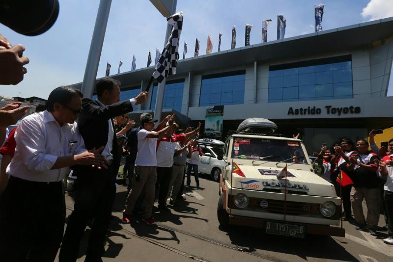Toyota Kijang kotak menjadi salah satu andalan event Lintas Negara Indonesia ke Timor Leste. (foto :TAM)