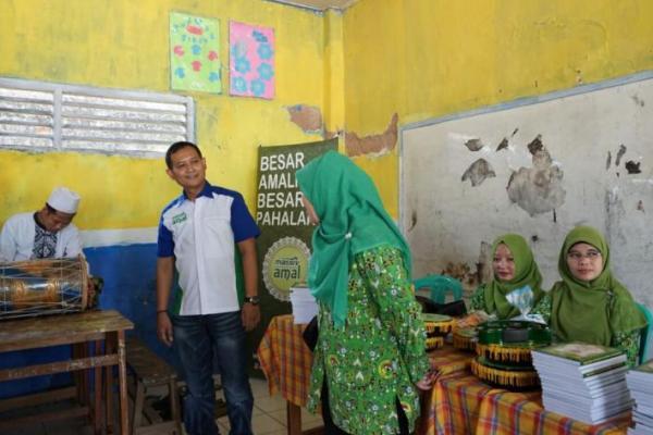 Massiv Amal, program Massiv bantu dunia pendidikan
