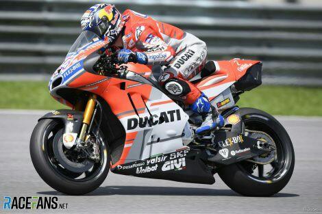 Andrea Dovizioso, tunggu tawaran gaji dari Ducati. (foto: racefans)