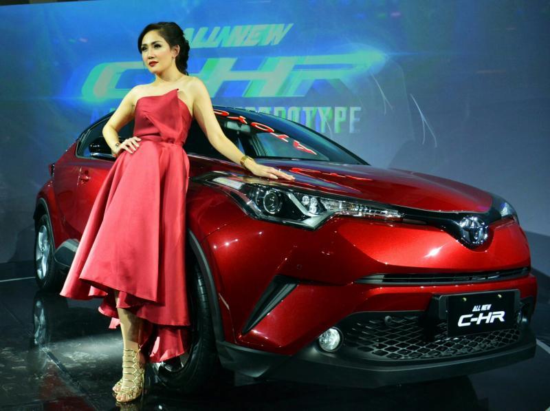 Toyota All New C-HR dalam balutan eksotika dan berbeda dengan stereotip.  (foto : TAM)
