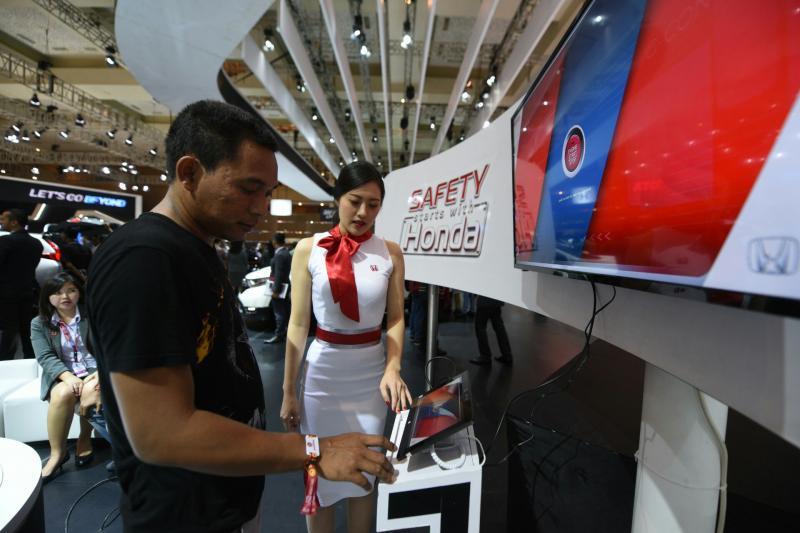 Interactive Safety Zone bentuk kepedulian Honda terhadap keselamatan berkerndara. (foto : Honda)