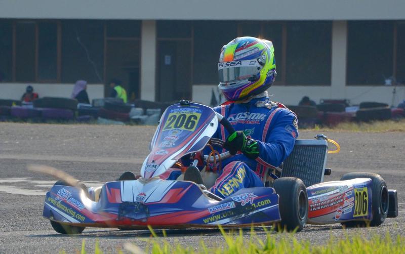 Usai seri 3 kejurnas gokart Eshark Rok Cup 2018, Keanon Santoso tatap Formula Renault
