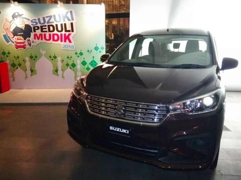 All New Suzuki Ertiga langsung bisa diuji coba konsumen di seluruh dealer mobil Suzuki. (foto: anto)