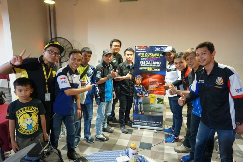 Komunitas Yamaha nonton bareng Galang Hendra. (foto : ist)