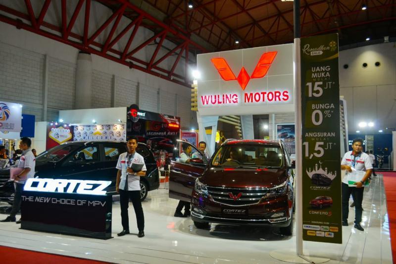 Wuling tampil maksimal di Jakarta Fair 2018