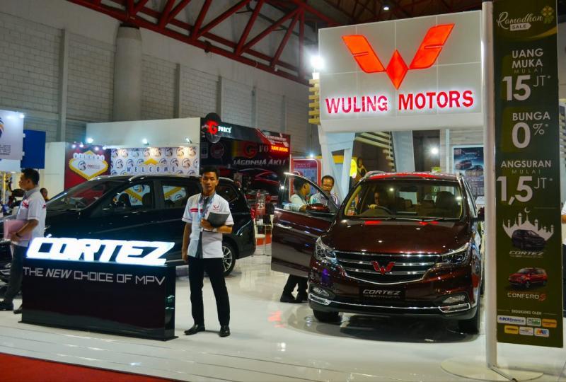 Wuling Cortez punya posisi tawar yang baik di pasar MPV. (foto: anto)