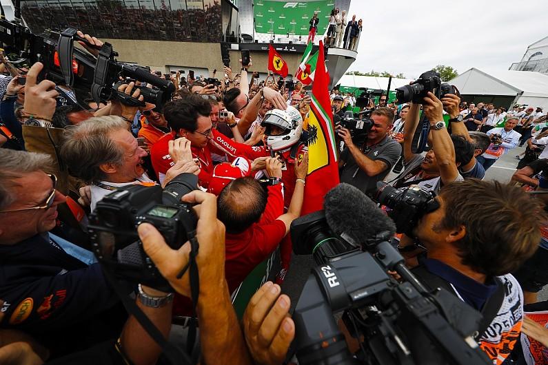 Selebrasi Vettel di GP Kanada (ist)