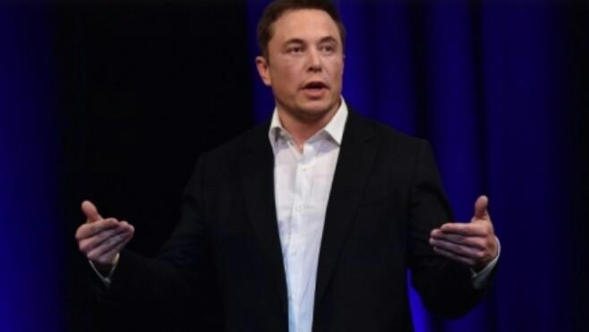 Elon Musk, pendiri Tesla yang ogah membuat motor listrik. (foto : ist)