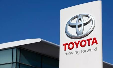 Toyota investasi satu miliar dolar di Grab. (foto: ist)