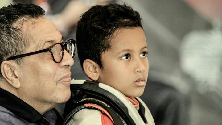 Qarrar Firhand bersama opa Ali, dinasti balap Tanada Racing. (foto : IG Qarrar)