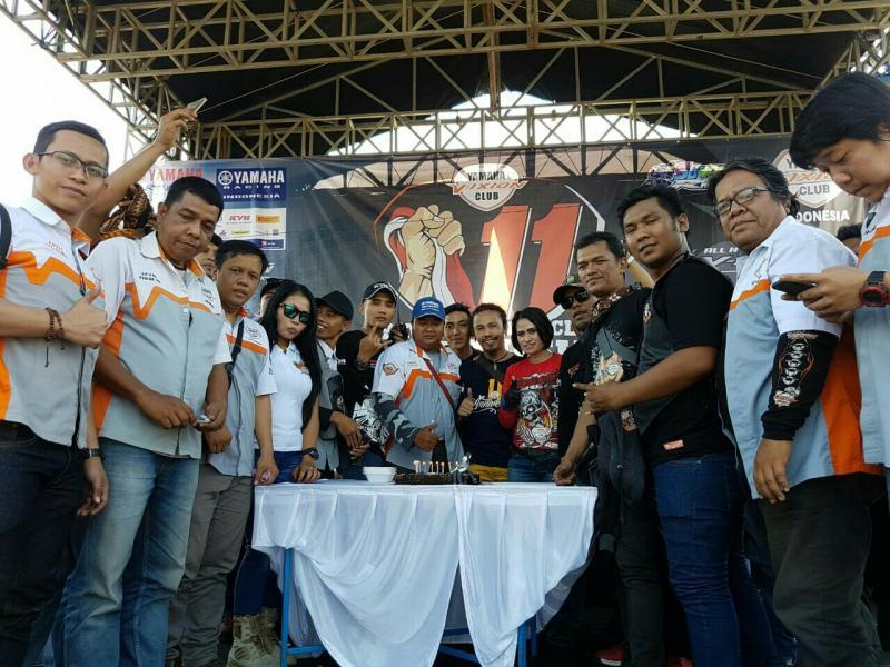 Yamaha Vixion Club Indonesia lakukan kegiatan sosial di Sentul. (foto : ist)