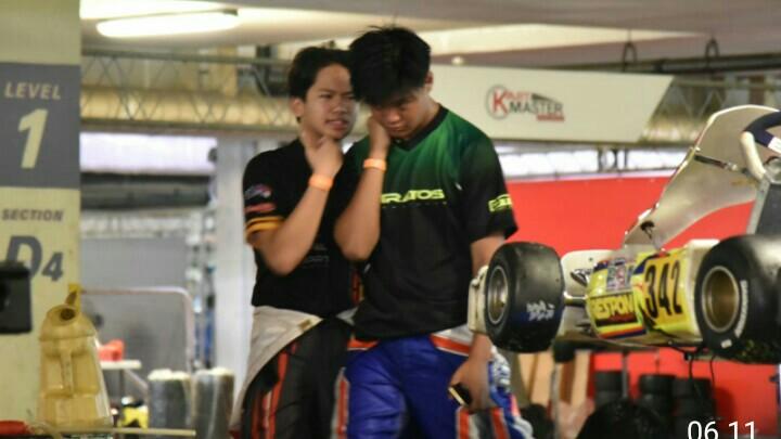 Rava Mahpud (kanan) dan Akheela Chandra Dewanto, dua rookie menonjol di kelas Senior Rok. (foto : ist)