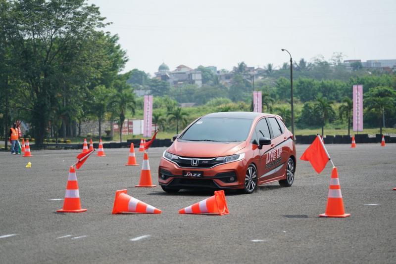 Honda Kampanyekan Berkendara Aman di Jalan. (foto: Honda)