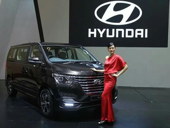 Hyundai New H-1 penyegeran siap menyapa pelanggan setianya di Indonesia. (foto : budsan)