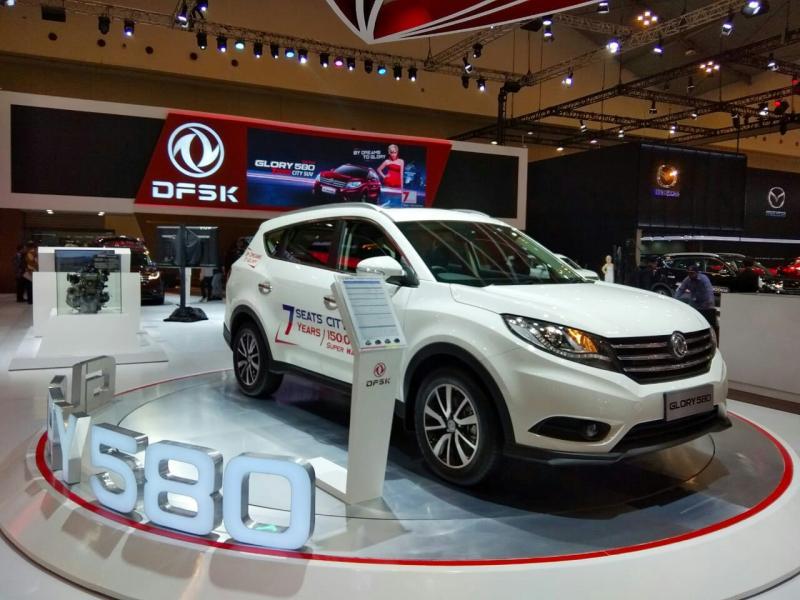 City SUV DFSK Glory 580 primadona baru SUV 7 Seater. (foto : anto)