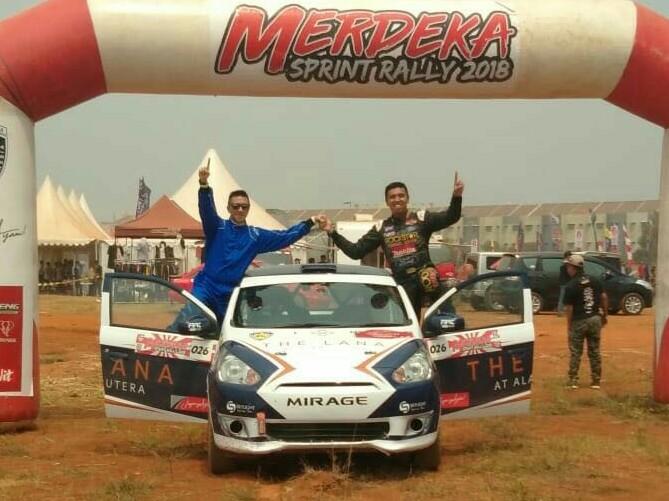 Ario Danu dan Julian Johan, pasangan milenial juara Merdeka Sprint Rally 2018. (foto : BS)