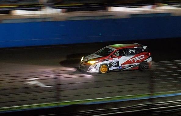 Juara bertahan kejurnas ITCC 1600 Max, Haridarma Manoppo harus puas finish ke-4 di ISSOM Night Race