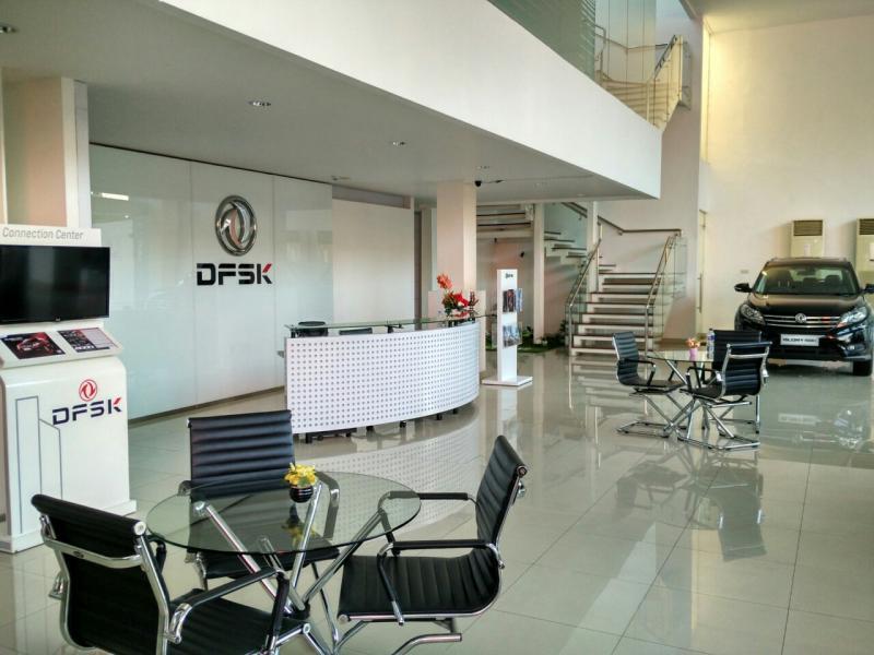 Diler DFSK di Makassar dengan bangunan 800 m2 dengan 3 lantai nan nyaman. (foto : dfsk)
