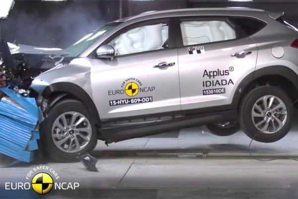 Hyundai Tucson mendapat bintang lima pada uni tabrak Euro NCAP. (foto: Hyundai)